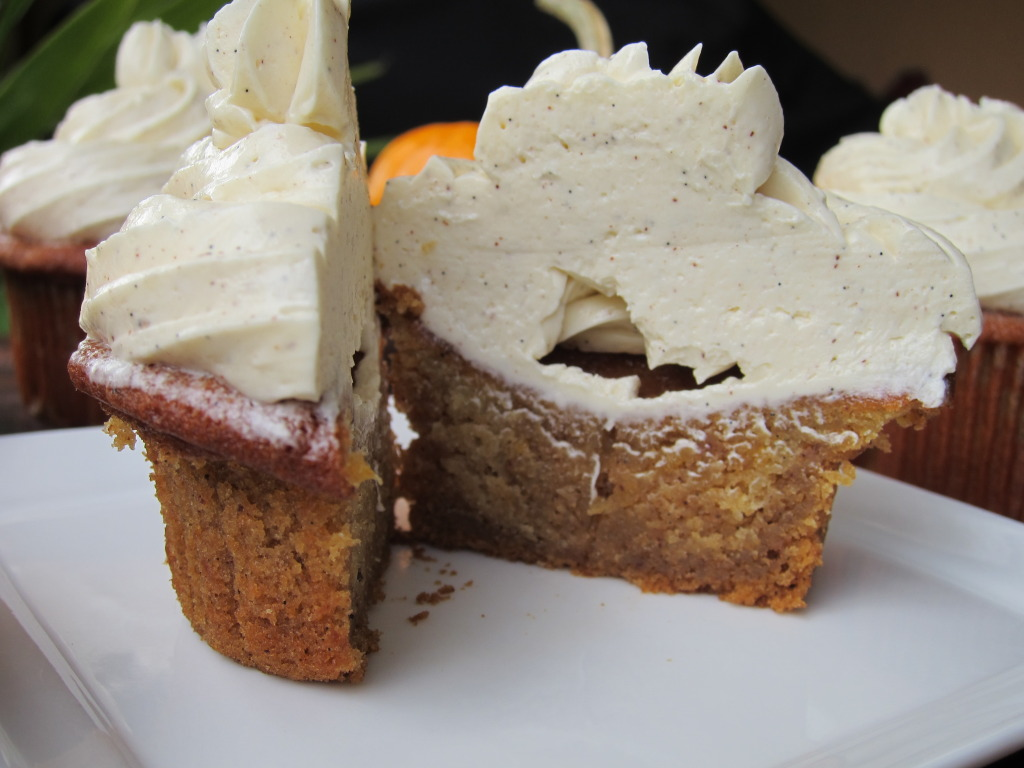 Pumpkin Brownie Cupcakes With Vanilla Bean Buttercream Recipe ...